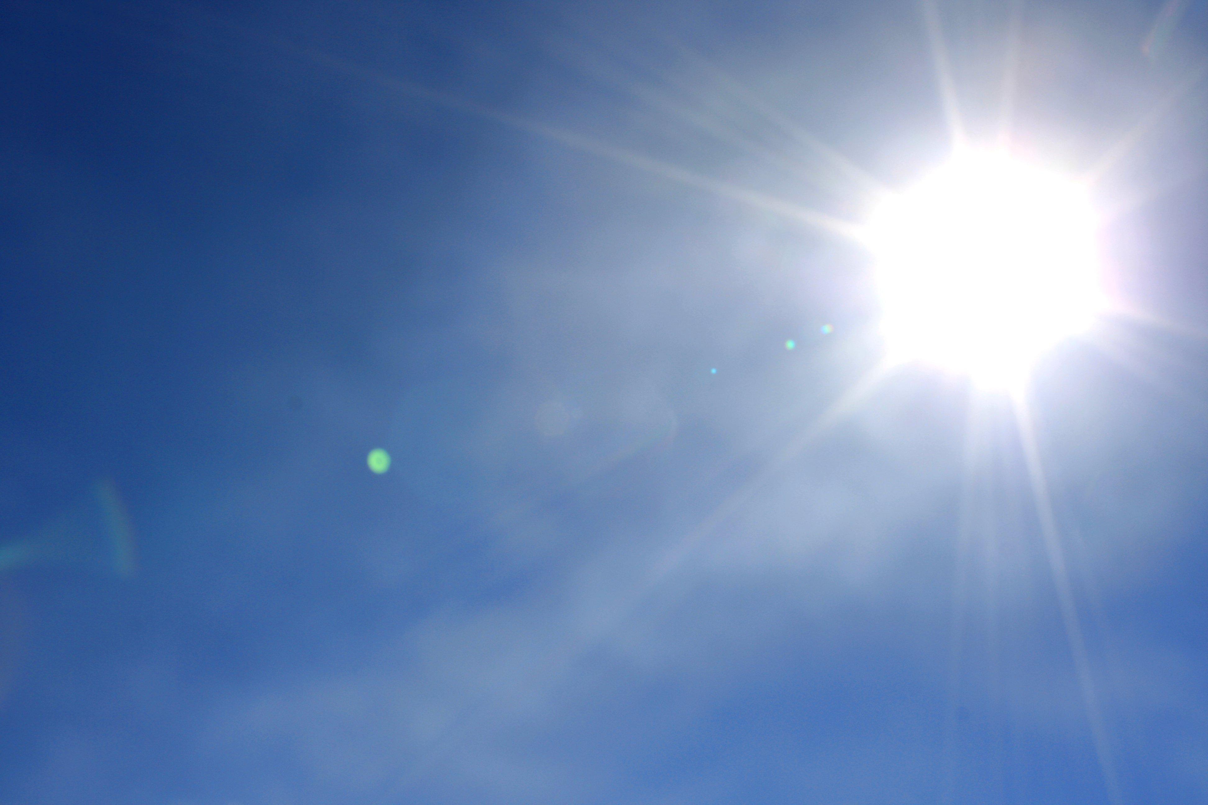 bright-sun-in-blue-sky